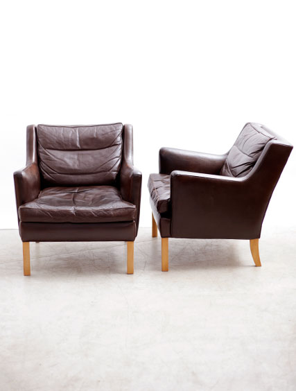 Brown Leather – Club Chairs