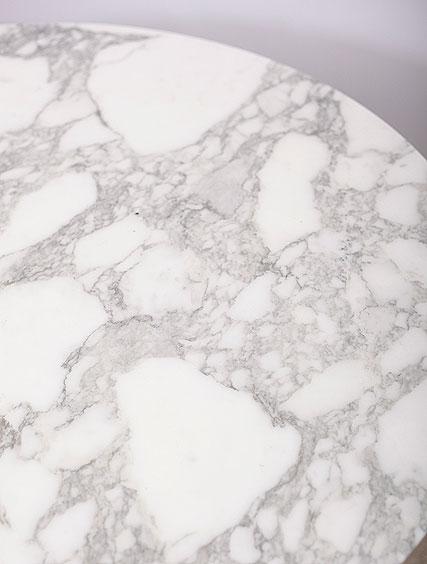 Eero Saarinen – Knoll Marble Table