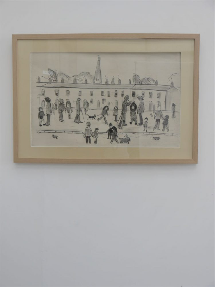 L.S.Lowry – Street Full of People