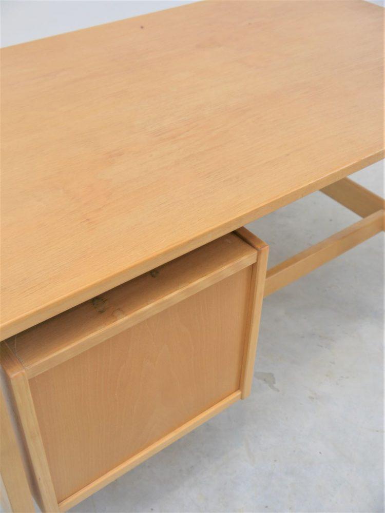 Hans Wegner – Writing Desk Model GE125
