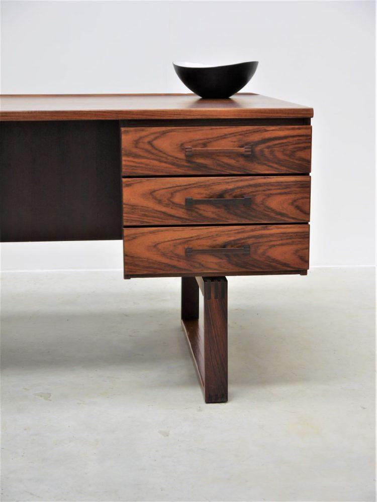 Torbin Valeur – Rosewood Executive Desk