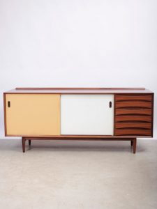 Arne Vodder – Rosewood Sideboard