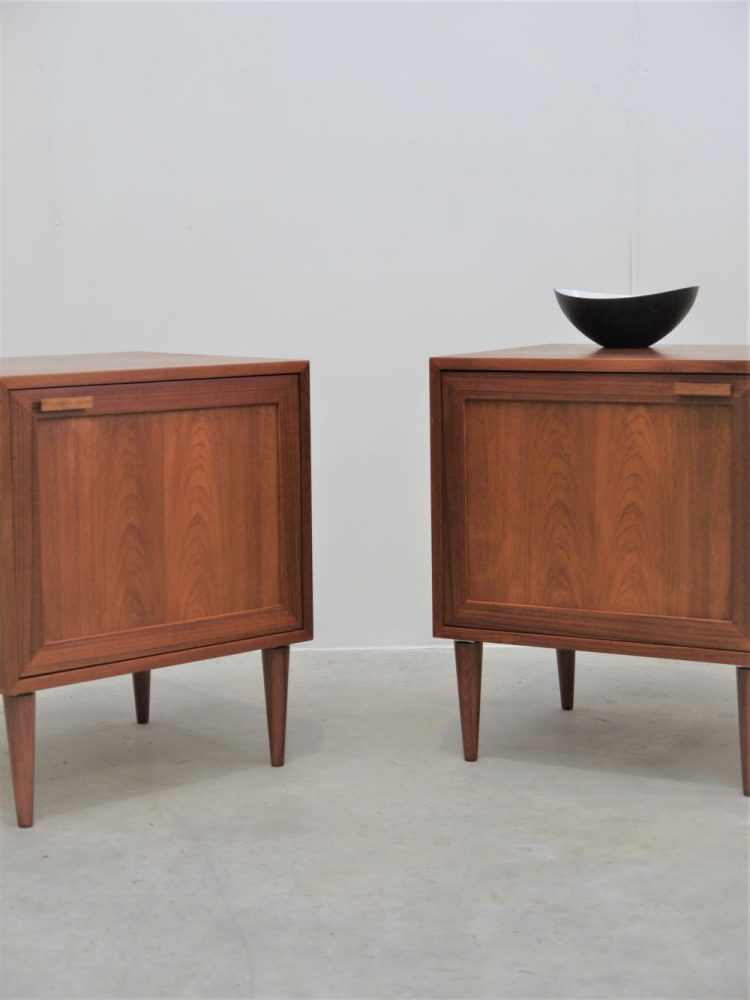 Danish – Large Pair of Bedside Cabinets