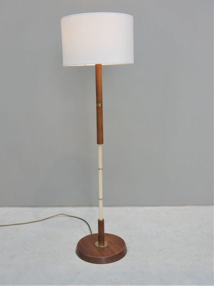 Swedish – Short Floor / Table Lamp