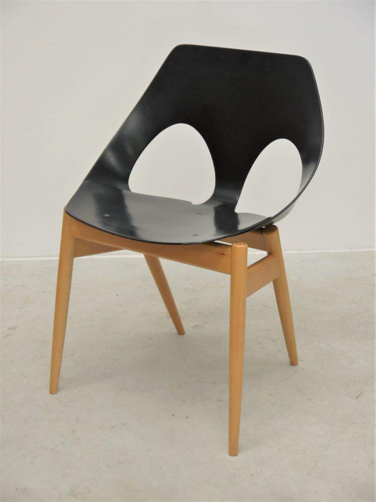 Carl Jacobs – Jason Chair for Kandya Six Available