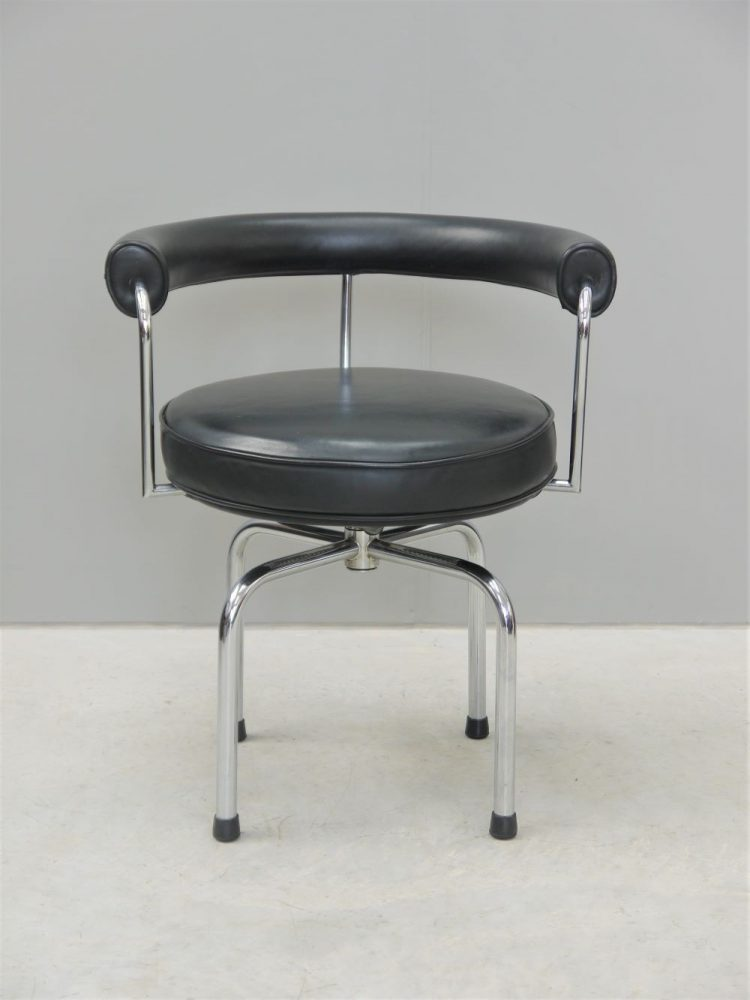 Charlotte Perrind – LC7 Dining Chair / Lounge Chair